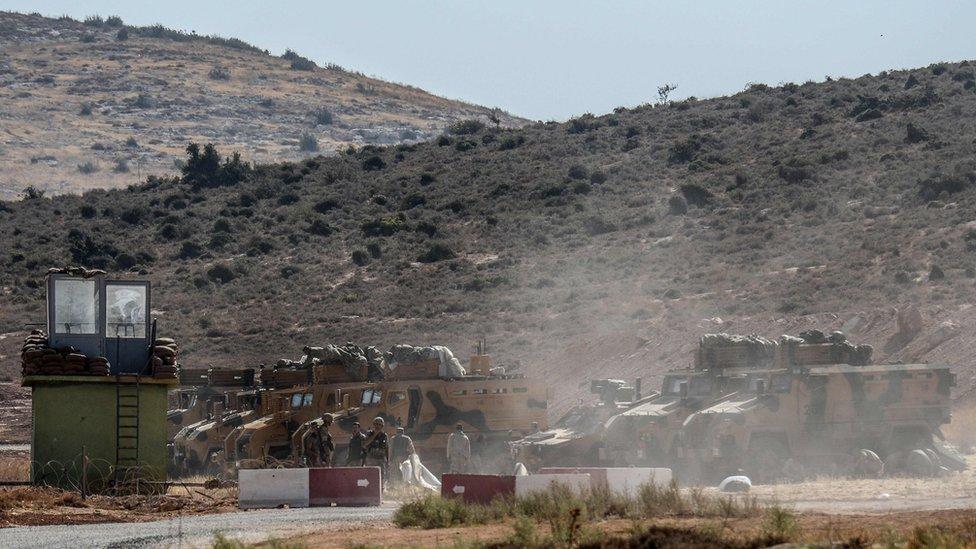 عربات مدرعة تابعة للجيش التركي