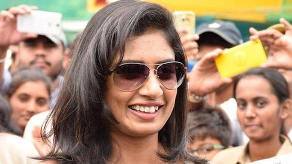 सोशल: कप्तान मिताली का करारा जवाब- मैदान पर बहाया पसीना