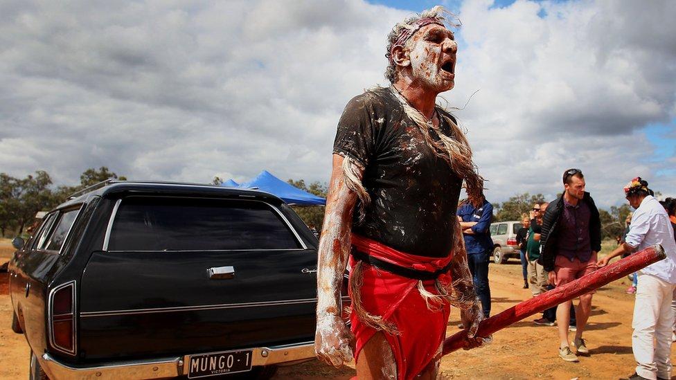 Mungo Man: Australia's oldest remains taken to ancestral home