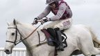Smad Place claims Hennessy Gold Cup