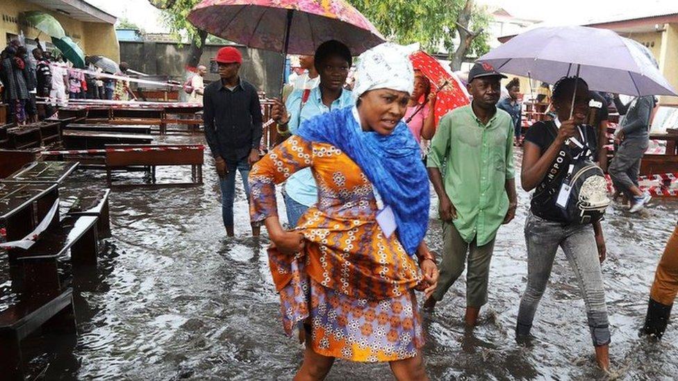 Queues amid floods in DR Congo vote