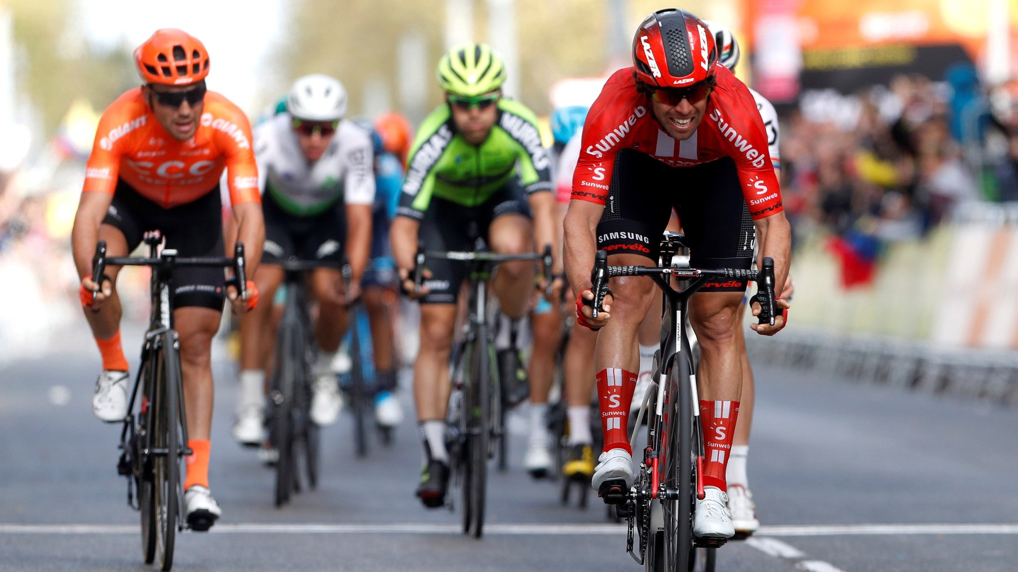 Yates retains second place as Matthews wins stage