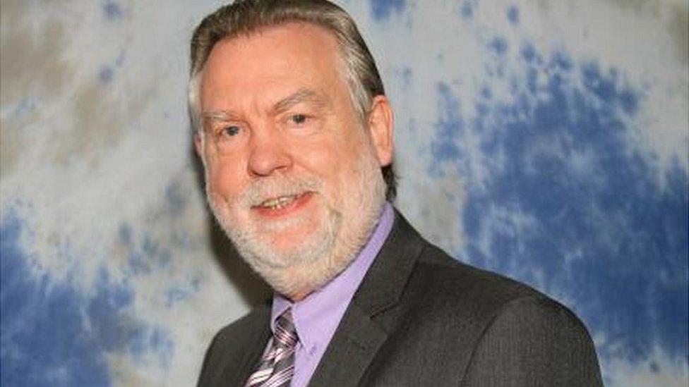 South Ribble Council leader survives no confidence vote
