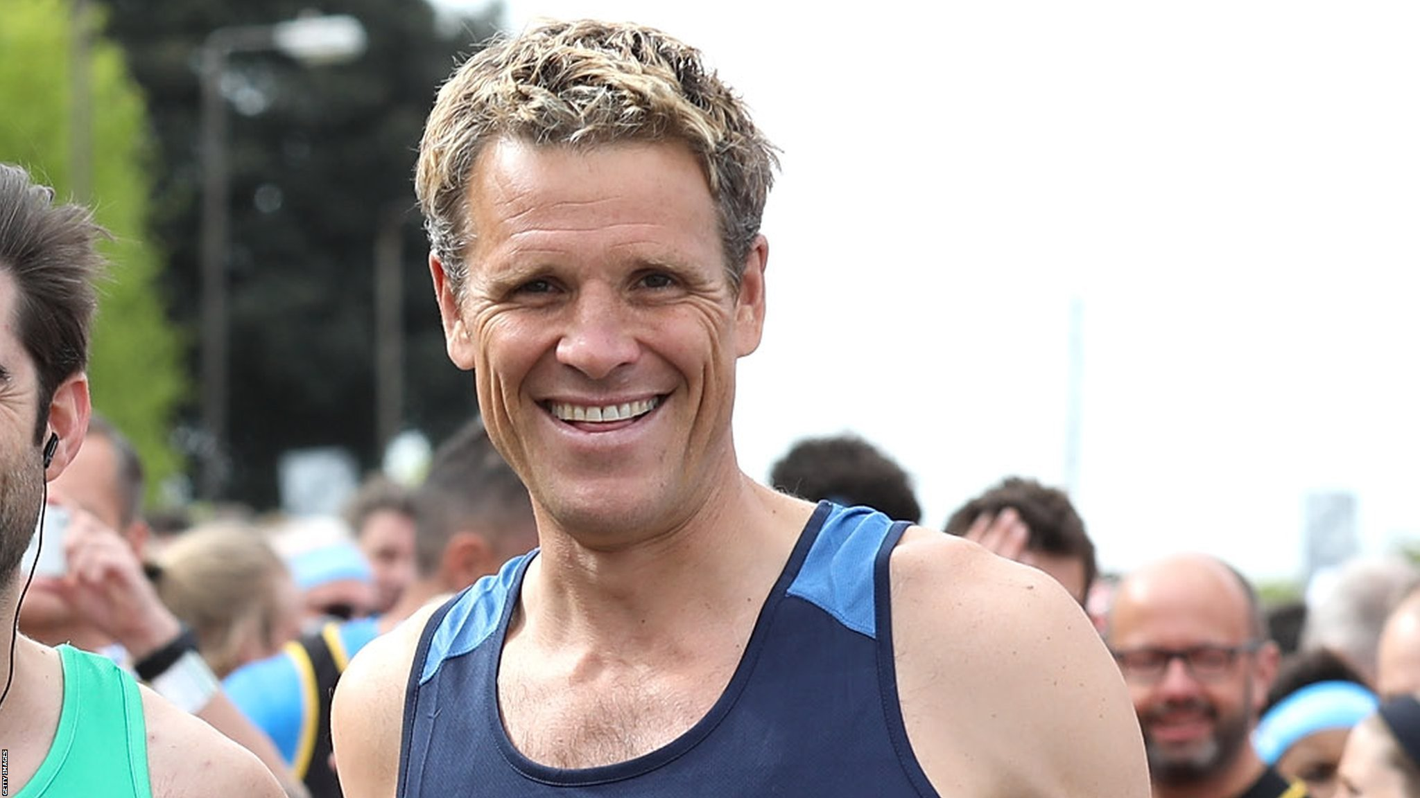 Boat Race: James Cracknell in Cambridge crew to face Oxford