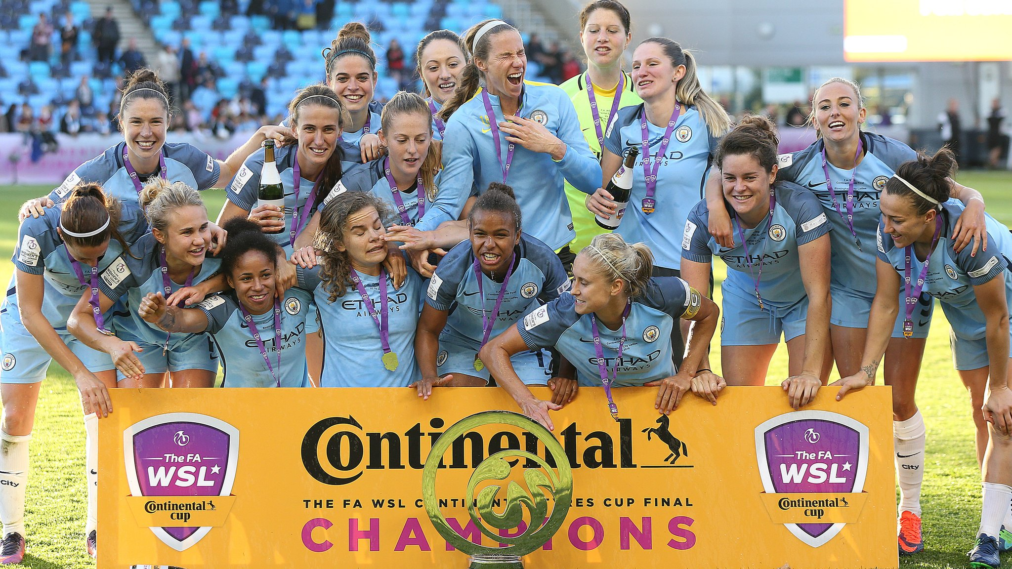 Continental Tyres Cup: Manchester City face Bristol City, Chelsea host Liverpool