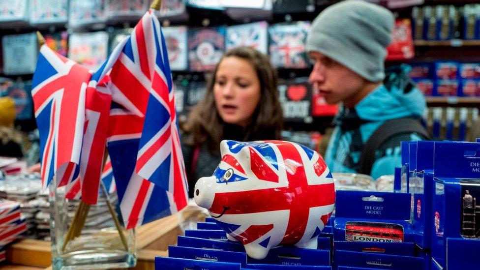 Otros están convencidos de que a Reino Unido le puede ir mejor una vez esté libre de las reglas de la Unión Europea.
