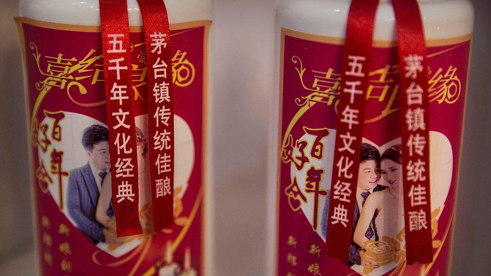 El baijiu o vino chino se ha convertido en la bebida con mayor cuota de valor de marca. en todo el mundo. (Foto: Kevin Frayer)