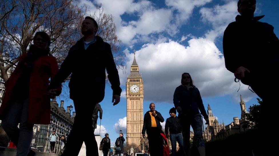 لندن تستعد للانتخابات المبكرة