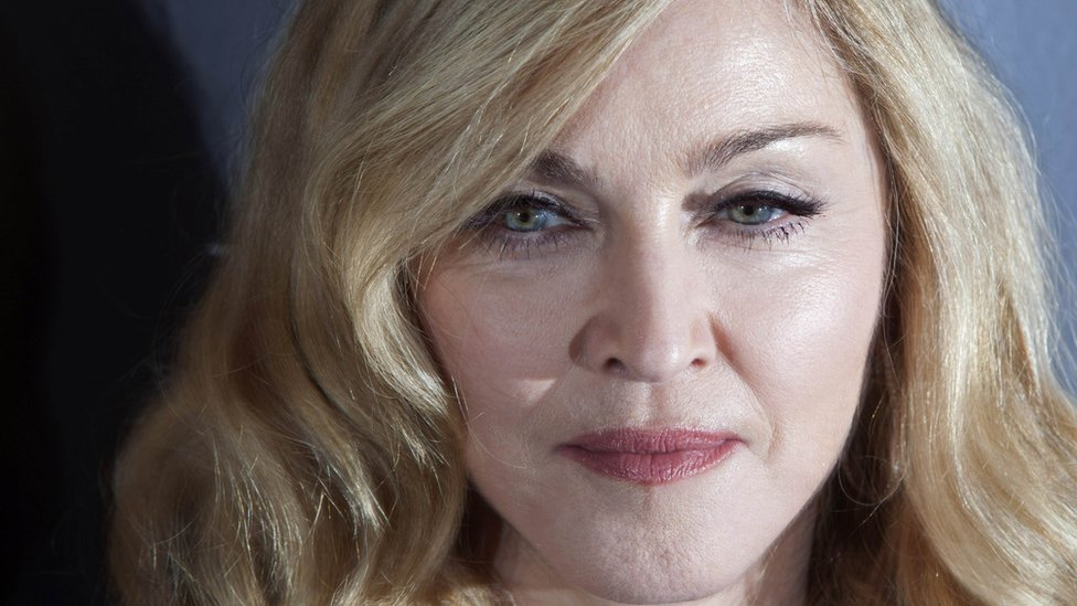 Madonna loses bid to stop sale of Tupac break up letter