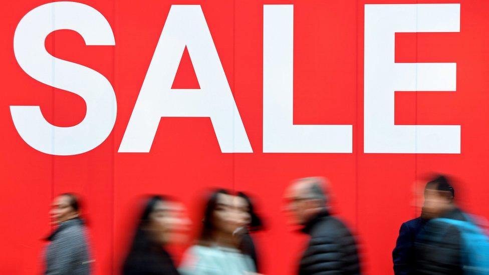 UK retail sales slide in tough December