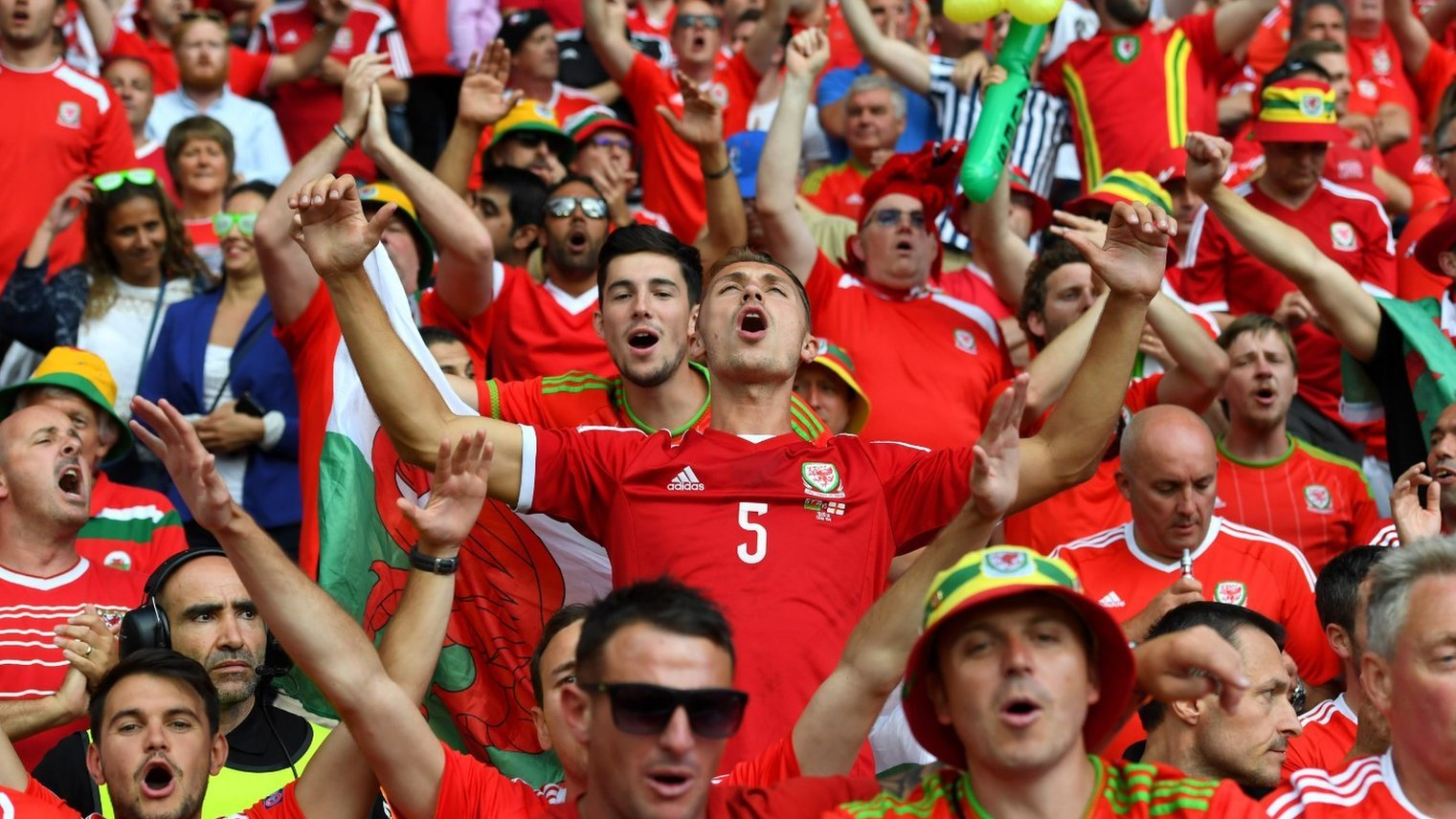 Euro 2016: Wales set for 'biggest game' since 1958 World Cup