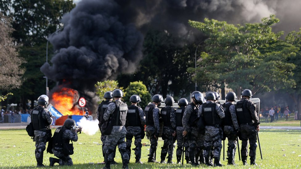 Brazil protests: Ministerial building set on fire during clashes