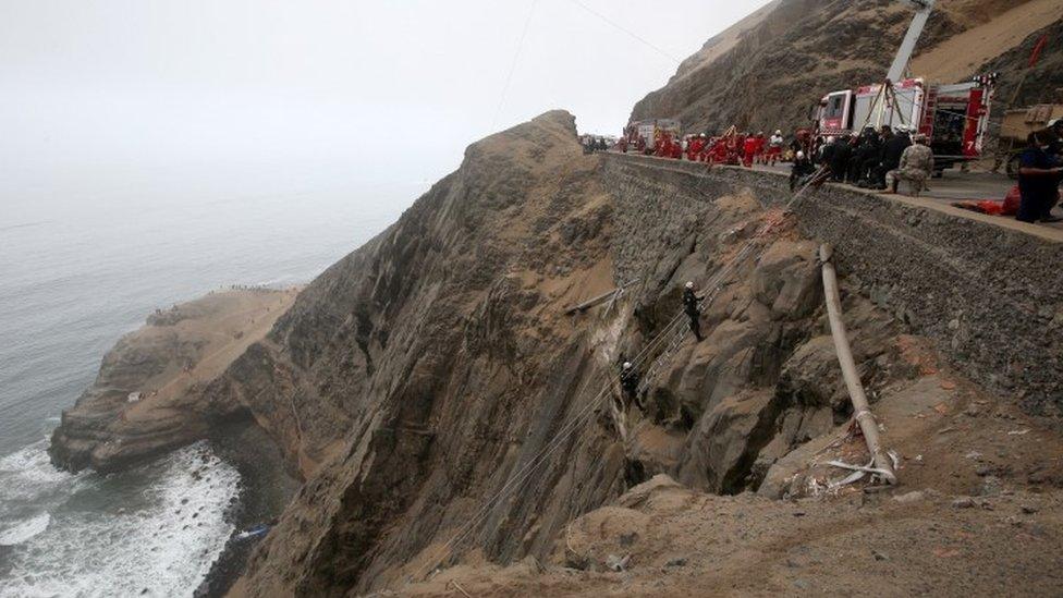 Peru closes dangerous coastal highway to coach traffic