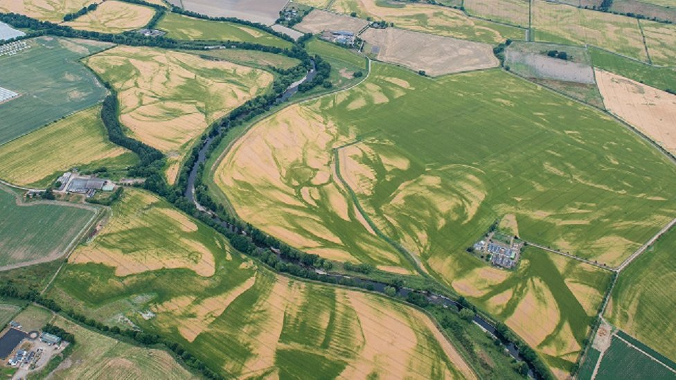 Warm weather reveals previously unknown archaeology