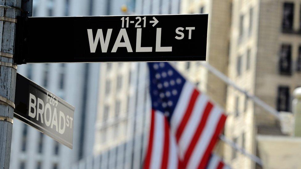 Podría haber una baja de los mercados internacionales tras una época de ganancias y poca volatilidad.