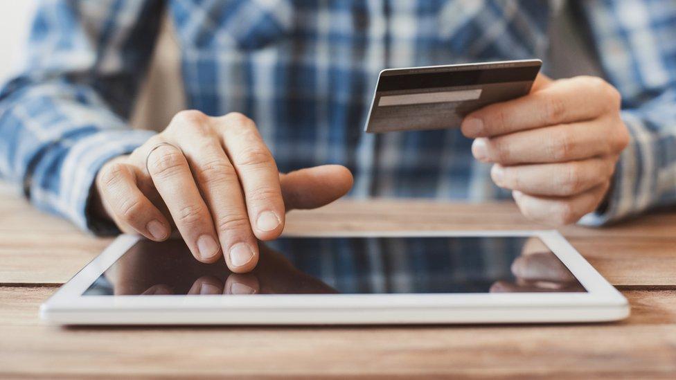 China superó a Estados Unidos como el país con el gasto más alto de compras por internet y representa el 40% del comercio electrónico global.
