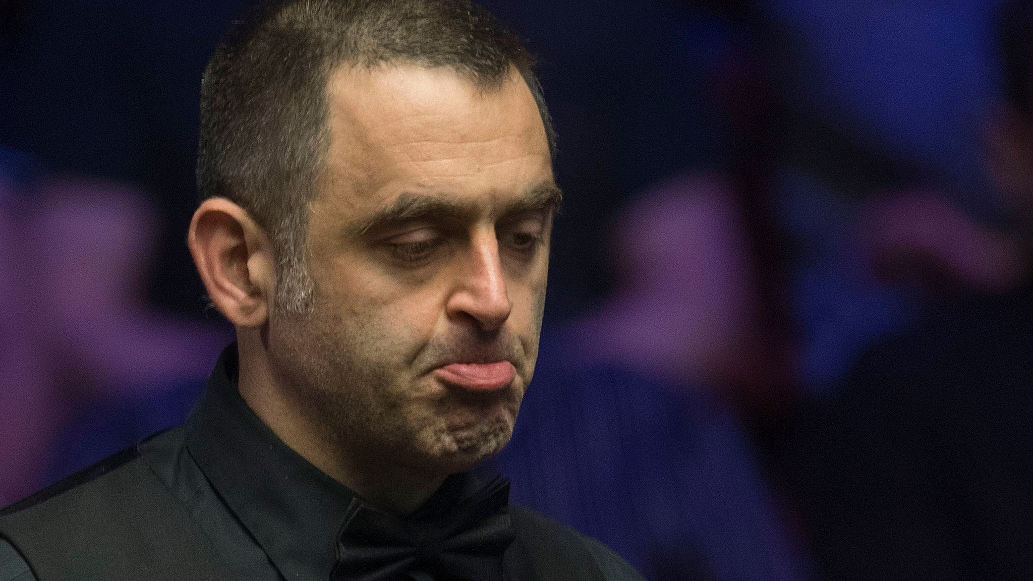 Five-time champion and world number one O'Sullivan beaten by amateur Cahill