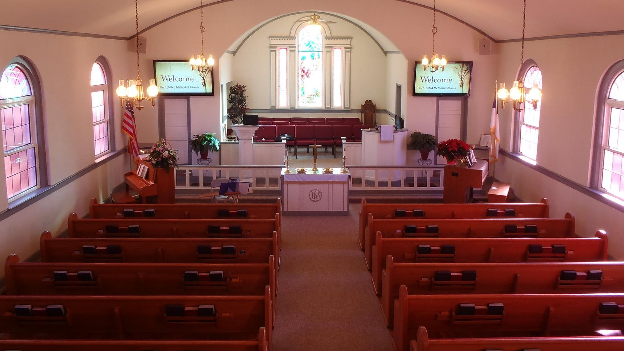 Husband and wife accidentally shot during church gun safety talk