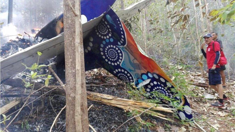 Costa Rica: 10 US tourists killed in plane crash