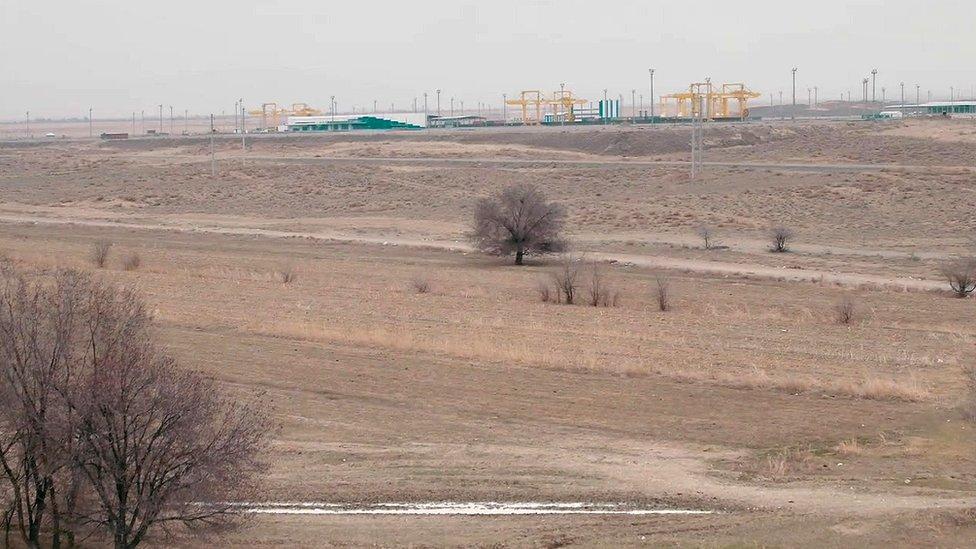 Zona desértica en Khorgos