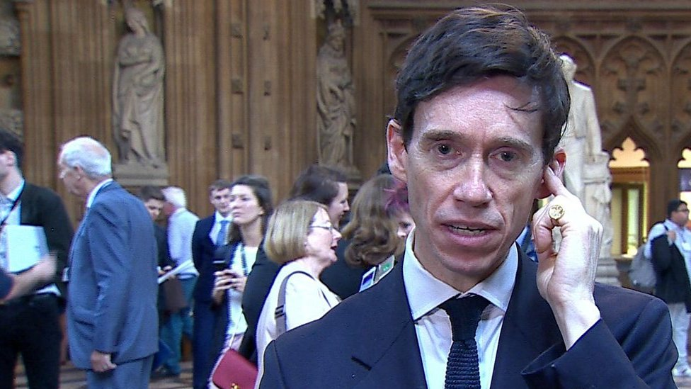 Tory leadership: Rory Stewart rejects 'continuity May' description