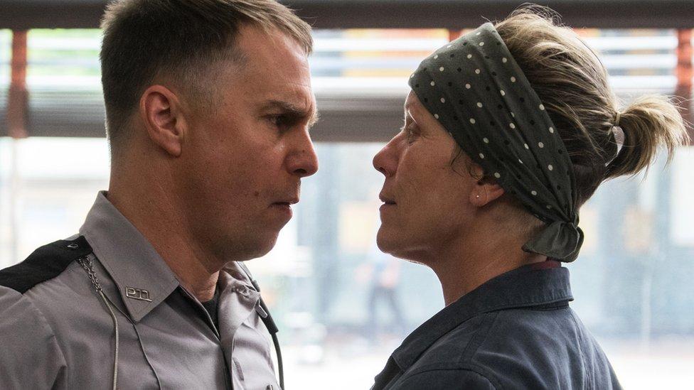 """Sam Rockwell y Frances McDormand en """"Tres anuncios por un crimen"""" (Foto: 20th Century Fox)"""