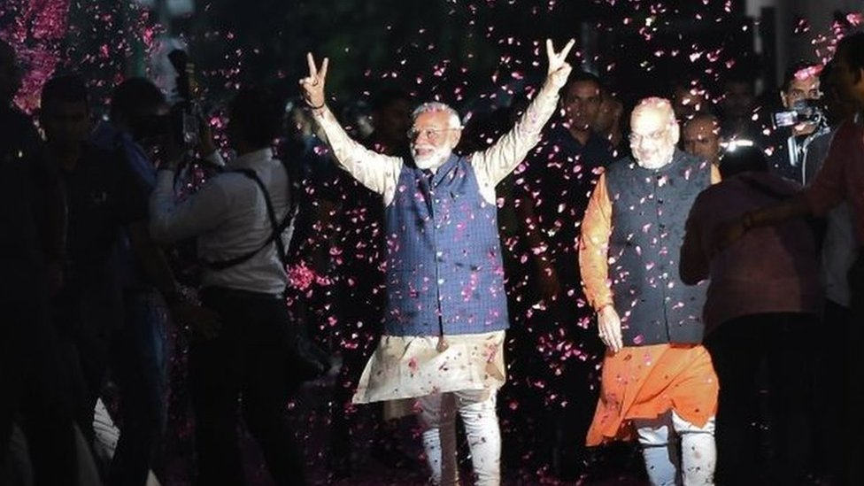 India election 2019: Narendra Modi thanks voters for 'historic mandate'