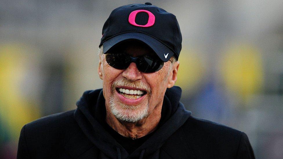 Phil Knight es el cofundador de Nike.