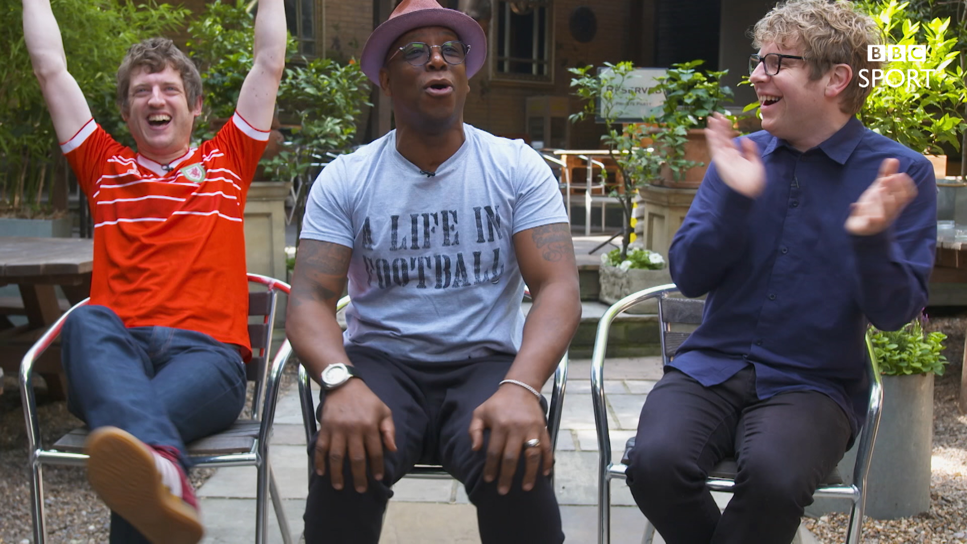 FA Cup: Ian Wright faces Elis James in FA Cup Line-up Jenga Thriller