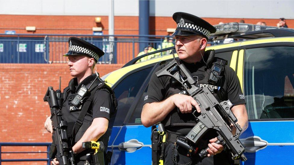 الشرطة في المملكة المتحدة اعتقلت 304 أشخاص خلال العام الماضي بشبهة الإرهاب