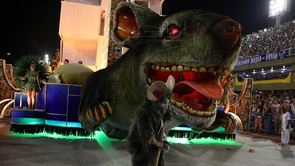 Rio Carnival: Evil rat stars in winning political parade