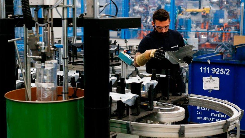 Las exportaciones catalanas representan más del 25% del total de las exportaciones españolas.
