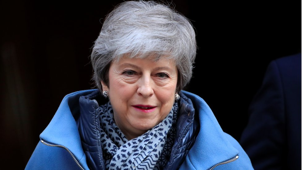 Tories mull rule change to challenge Theresa May