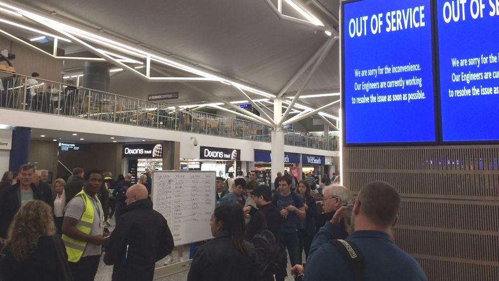 Cyber attack led to Bristol Airport blank screens
