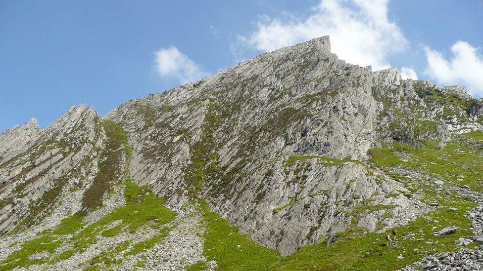 Man rescued from 100ft Gribin Ridge Snowdonia fall