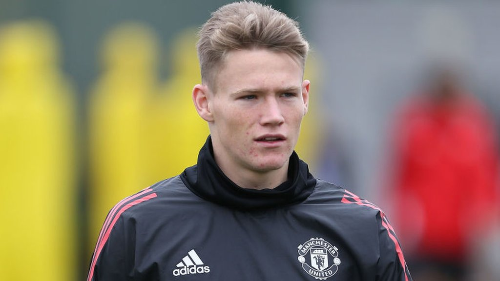 McTominay meets McLeish as he considers Scotland-England choice