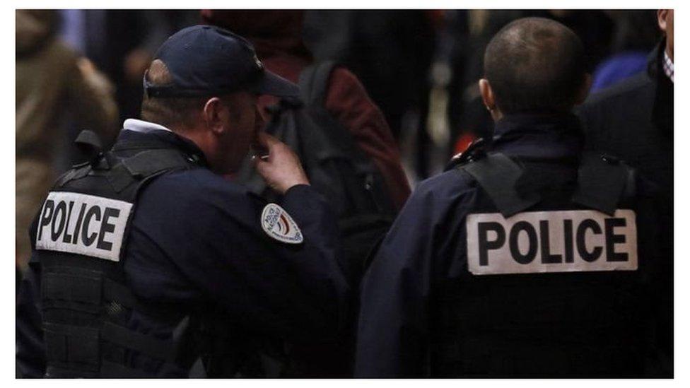 شرطة فرنسيون