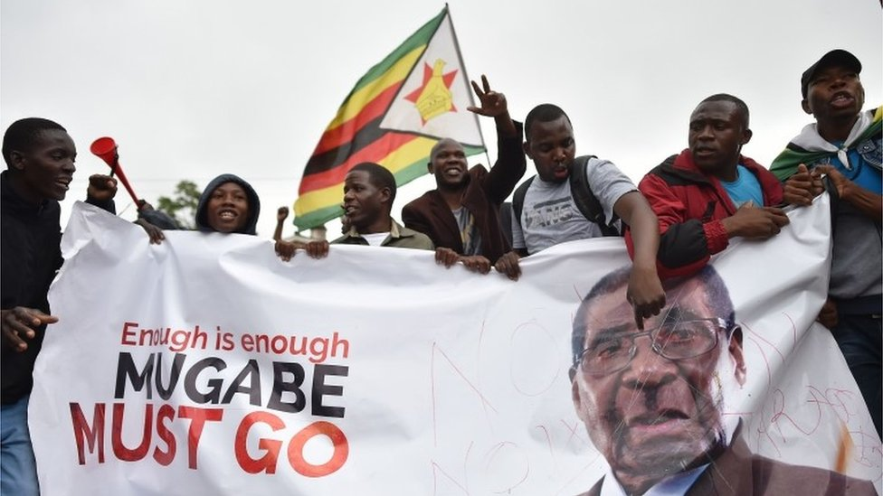 Zimbabwe: Mugabe to meet with army chief on his future