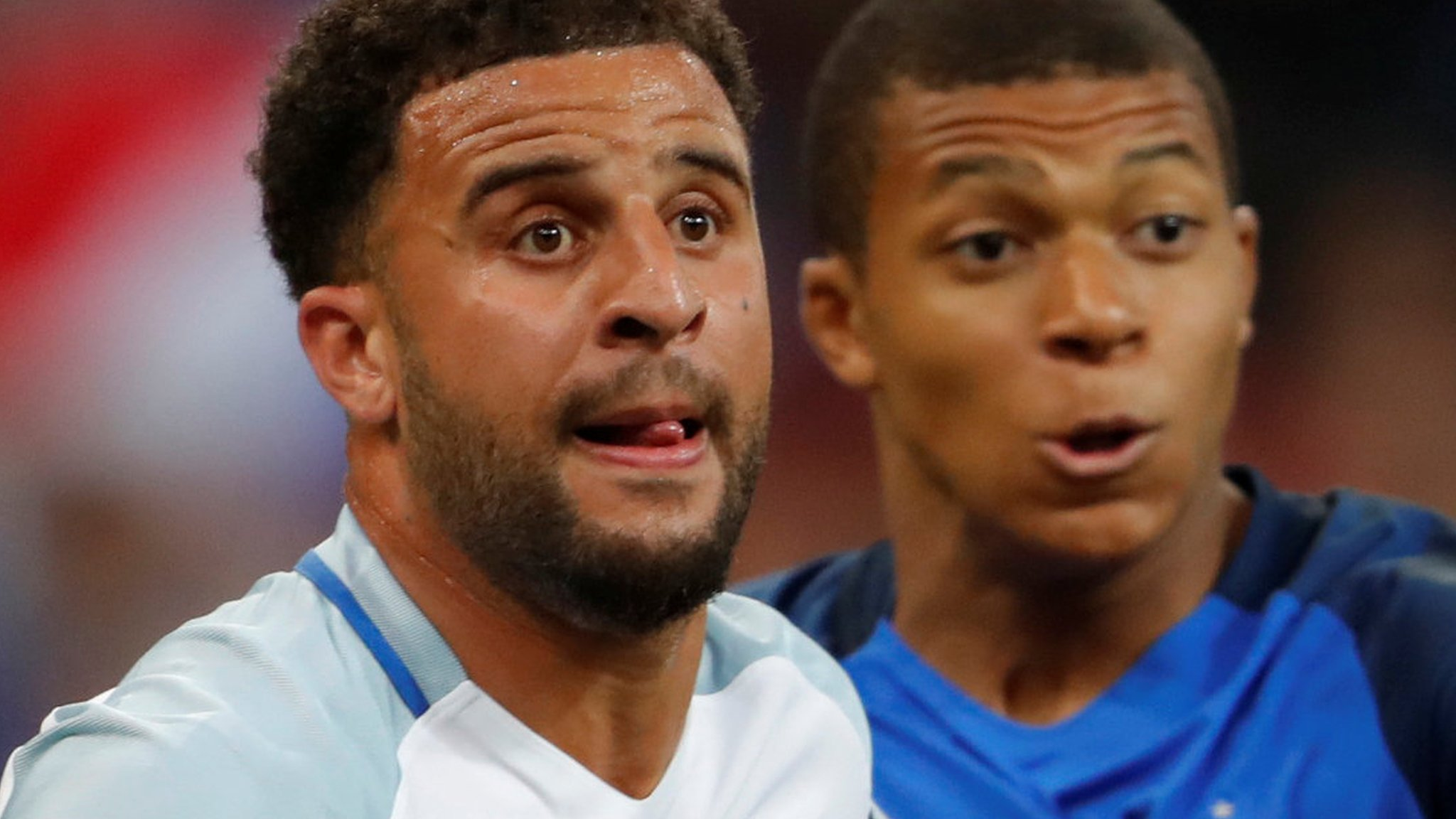 Gossip: Man City want Walker, Bertrand & Alves