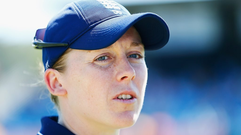 Womens Ashes: Heather Knight says England focused on squaring the series