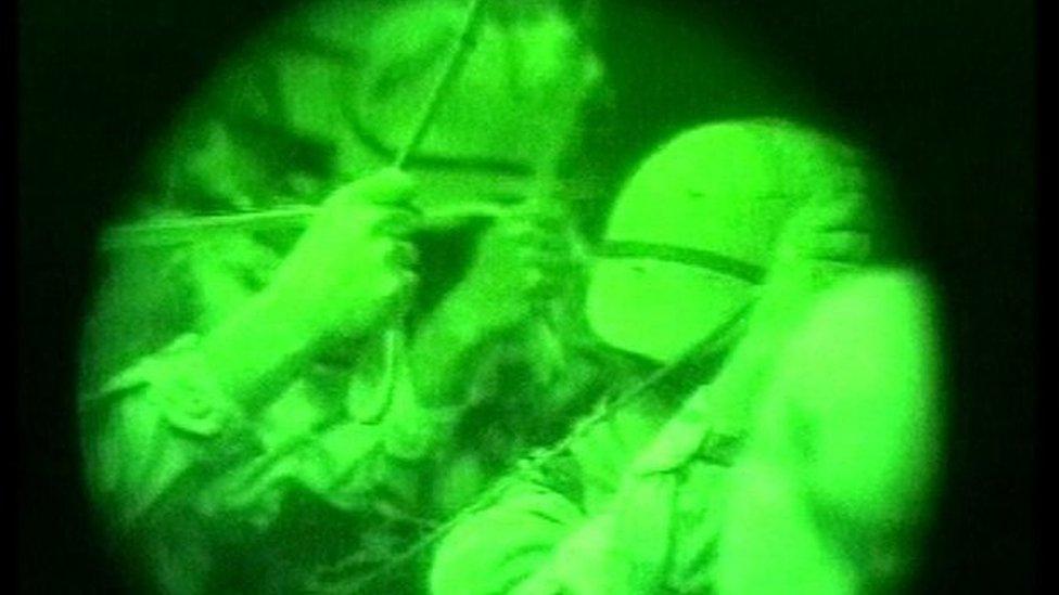 Dos miembros de una unidad de fuerzas de élite del Comando Conjunto de Operaciones Especiales (JSOC, por sus siglas en inglés).