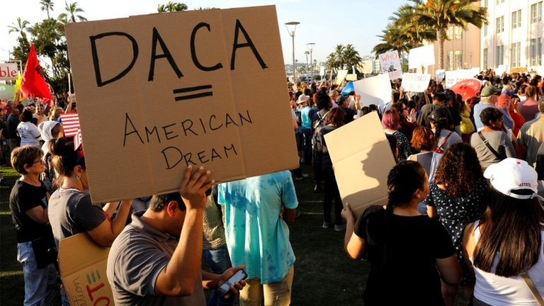 Judge blocks Trump's move to end Daca Dreamers scheme