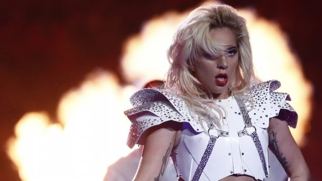 BBC News - All about Lady Gaga's Super Bowl show