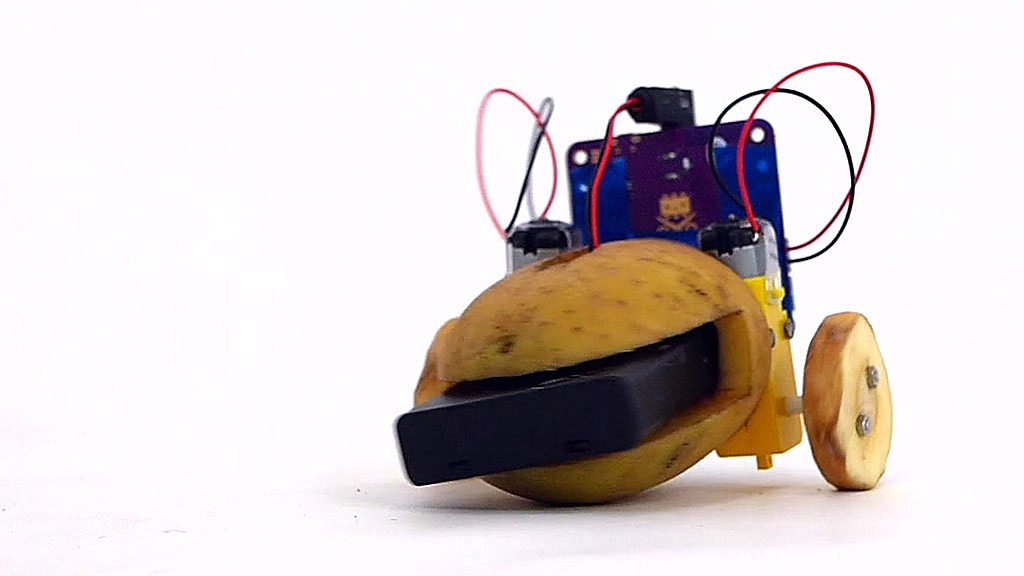 The artificial intelligence bot you make with a potato | BBC