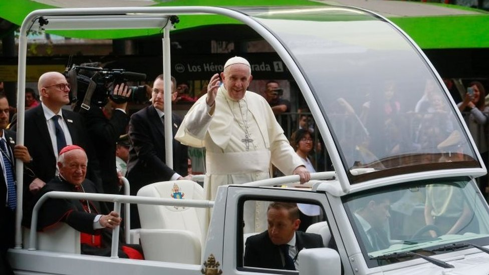 Pope Francis in Chile at start of Latin America visit