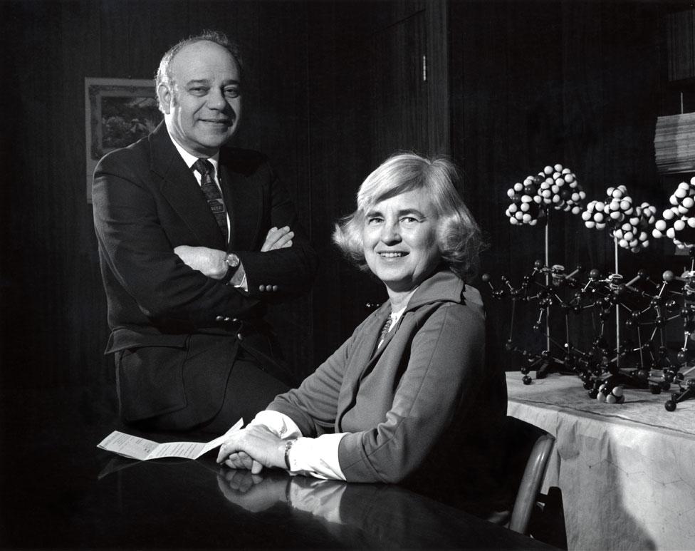 Isabella y Jerome Karle (Foto cortesía: U.S. Naval Research Laboratory)