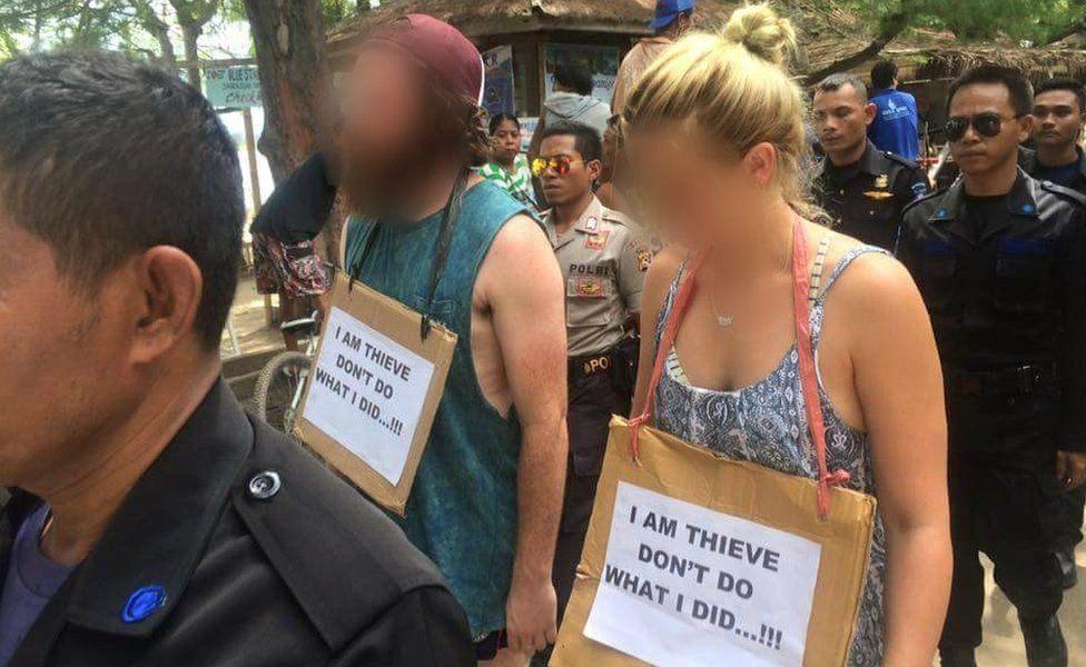 Turistas extranjeros en la isla de Gili tuvieron que hacer la 'caminata de la vergüenza'