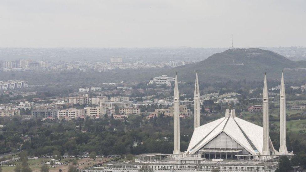 د سولې خبرې؛ یو شمېر افغان سیاستوال سبا پاکستان کې غونډه کوي