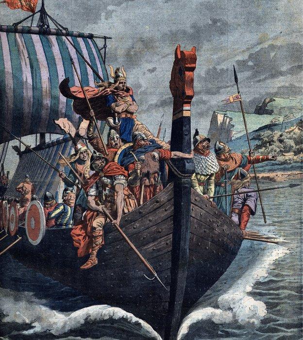 Antes de la invención del compás, los vikingos ya viajaban miles de kilómetros cruzando el mar ayudados por una mítica piedra solar.