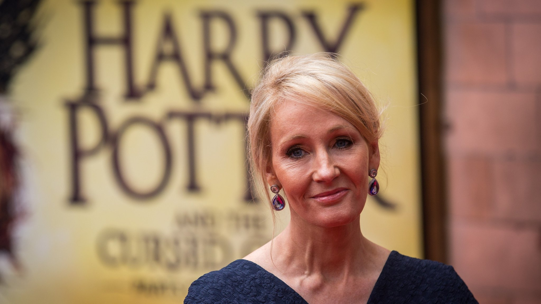 JK Rowling praises Harry Potter fans for not sharing Cursed Child spoilers